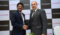 Mr. Shashi Kiran Shetty (L) Chairman Avvashya Foundationand Mr. Naresh Sharma (R) MD Avvashya CCI Logistics Ltd