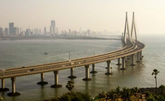 MTDC collaborates with BEST to start Mumbai Darshan Tour