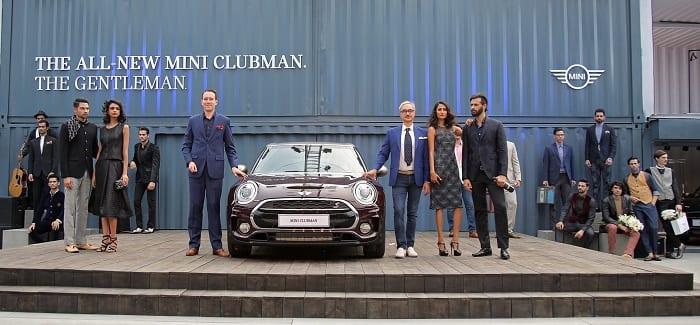 Mr. Frank Schloeder, President (act), BMW Group India and Fashion Designer Ravi Bajaj with the all-new MINI Clubman. www.mini.in