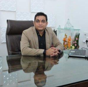 Naitik Lakhani - Founder, Earth Group