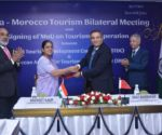 Hon'ble Tourism Ministers from Morocco and India while signing of the MoU